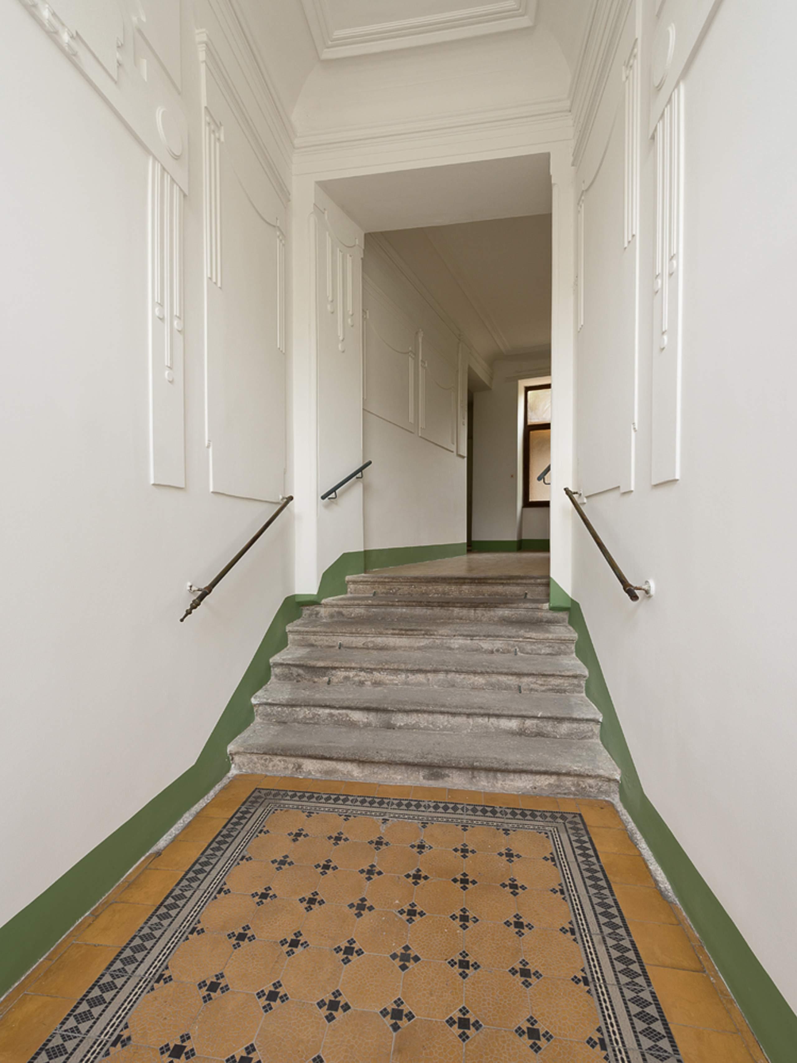 LIEGLER TAKEH ARCHITEKTEN Projekt Gersthofer Strasse Historischer Haus Eingang